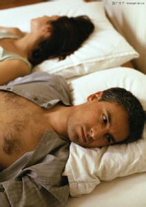 男性阴囊湿疹有什么明显的症状